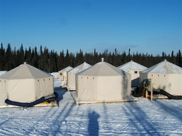 Design Shelter Camp In Extreme Cold Weather